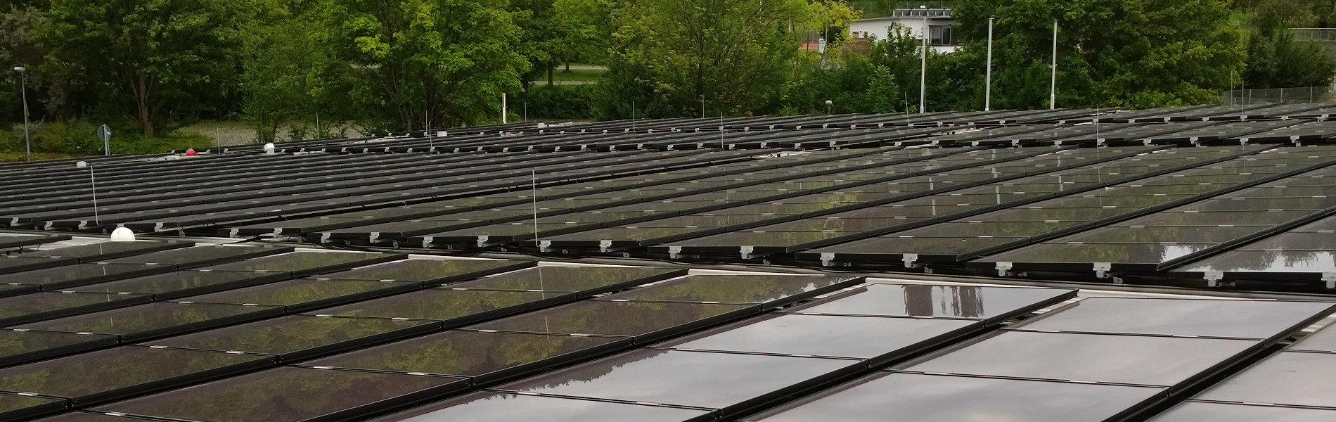 Photovoltaikanlage auf der Sporthalle in Wendlingen